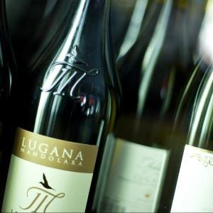 Italienisches-Wein-im-Restaurant-Italy